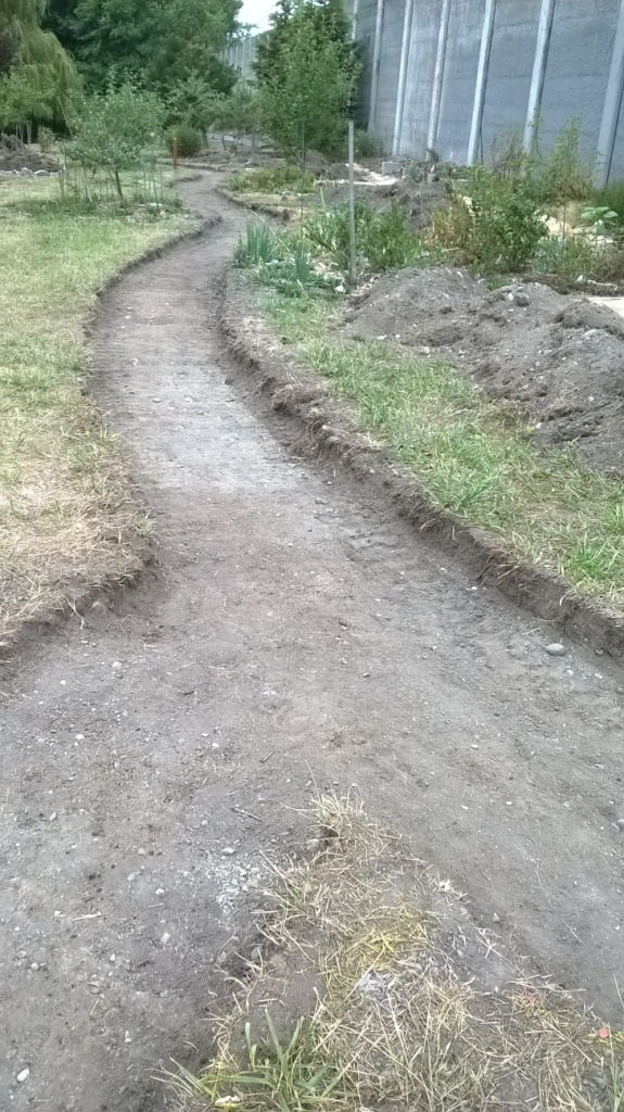 082015 curves of excavated path sm  WP_20150820_002